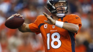 Peyton-Manning-Breaks-Single-Season-Touchdown-Pass-Record